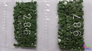 Nummer 987 vierkante steentjes (klein)