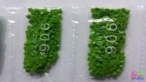Nummer 906 vierkante steentjes (klein)