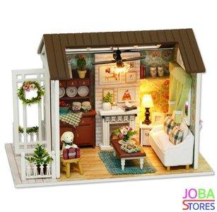 Miniatuur zelfbouw huisje - Happy Times