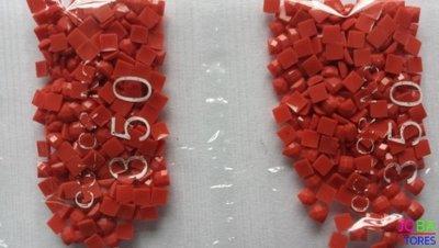 Nummer 350 vierkante steentjes (klein)