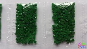 Nummer 700 vierkante steentjes (klein)