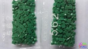 Nummer 562 vierkante steentjes (klein)