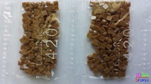 Nummer 420 vierkante steentjes (klein)